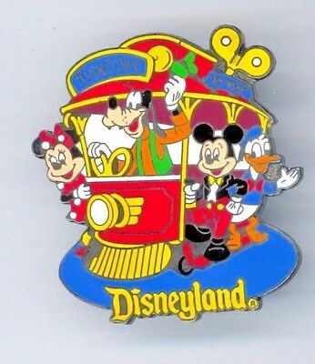 1998 Disney Disneyland Attraction Toontown Jolly Trolley Goofy Donald Mickey Pin
