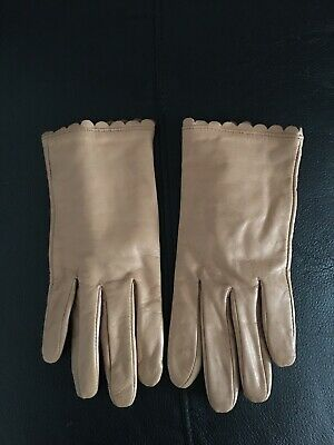 Ladies Woman Leather Classic Gloves ,Camel Color, Size M