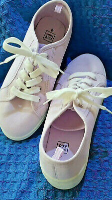 Lilac Canvas Lace-up Casual Shoes - Sz Aus 7 - Brand New - Never Worn