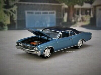 1967 67 Chevy Chevelle SS V8 Classic Muscle Car 1/64 collectible / diorama model