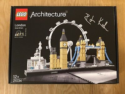 Lego Architecture London Skyline 21034 Signed By Designer