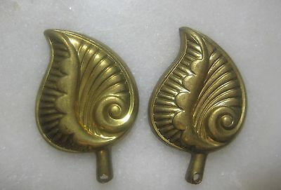 Vintage Art Deco Leaves, Stamped Brass Leaf Charms,Pendants or Drops, 1 pair