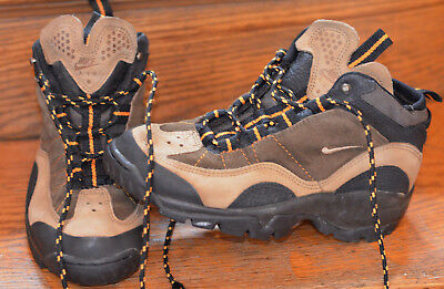uk availability 3be32 a1b71 VTG RARE Nike Air ACG OG Trail Hiking Athletic Boots Shoes Sz 8 - 950204 DS