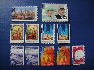 Australia. 10 International Stamps Used. No 7.