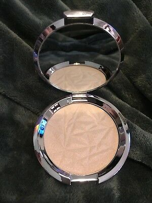 Becca Shimmering Skin Perfector Pressed - Prismatic Amethyst Nuovo New