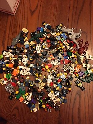 Lot of mixed Lego minifigures (Star Wars, Marvel, DC, City, Ninjago, and more)