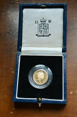 1994 Royal Mint Gold Proof Half Sovereign Boxed