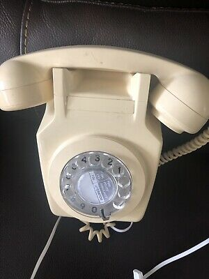 1950/60,s Wall Mounted Phone