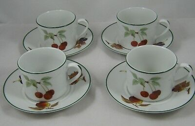 Royal Worcester - Evesham Vale - 4 Cups And Saucers ( Set 1)