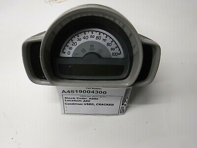 2007> Smart Car ForTwo 451 Dash Instrument Cluster A4517600040