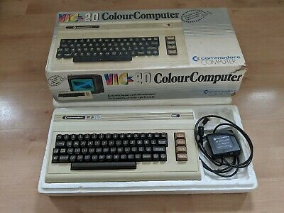 Commodore Vic 20 Computer boxed with poly inserts