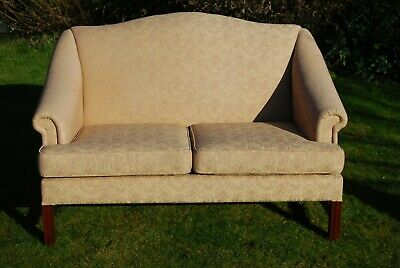 Deep pink damask style two seater Parker Knoll settee / sofa.