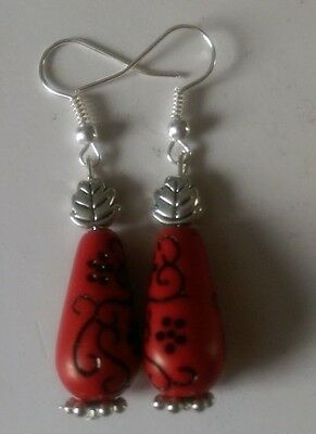 Red drop patterned  acrylic earrings, silver plated, tibetan leaf bead,(89)