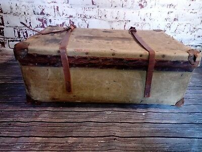 Old Vintage Large Canvas Military Steamer Trunk Chest Toy Box Coffee Table
