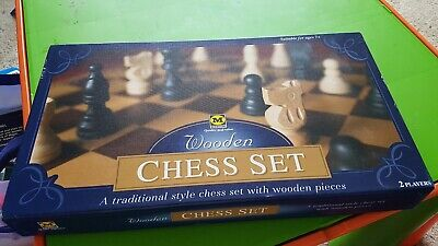 Wooden Chess Set NEW beautiful Wooden Pieces