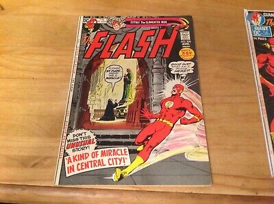 The Flash 208 From 1971. Kid Flash, Elongated Man. Neal Adams Cover.