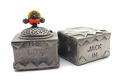 1992 2-pc TCC pewter thimble Jack In The Box surprise collection