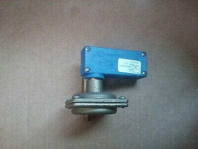 SFS-050-M1 G1/4 250Vac MUT Non-Adjustable Differential Water Pressure Switch
