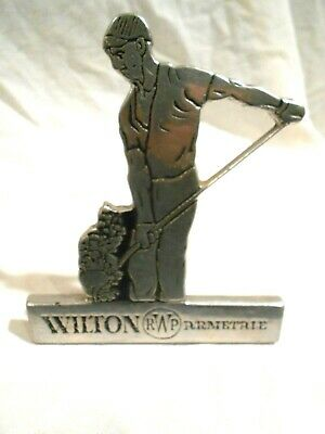 Wilton Armetale Dealer Sign 6""