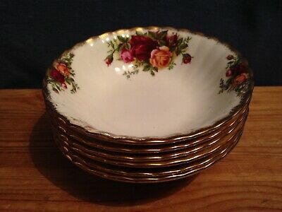 6 Royal Albert Old Country Roses Sweet Dishes - 1st