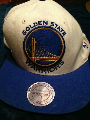 superior quality b4a48 9c323 Vintage Golden State Warriors Mitchell   Ness NBA Snapback Hat Cap