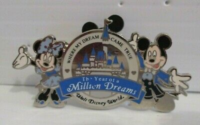 Walt Disney World Year Of A Million Dreams Mickey Minnie Mouse Gift Award Pin