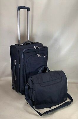 "Victorinox Carry On Black Set 22"" Exp Upright Suitcase & 17"" Laptop Briefcase"
