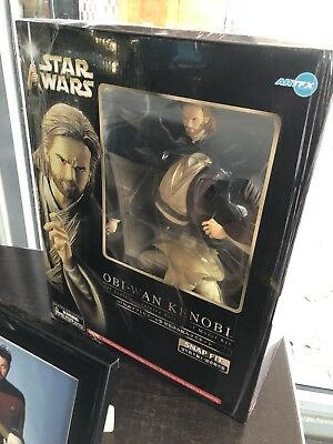 New Star Wars Obi-Wan Kenobi Figure Special Edition Rare The Phantom Menace