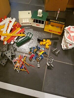 Scalextric vintage accessories Building People Barries + More
