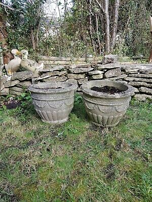 Pair Of Stone Concrete Weathered Urns Garden Flower Pots Roped Design Sn15 3Ea