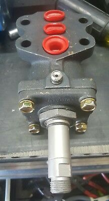 New Salem Line Hydraulic Vain Motor No. 2421-1. Bx12