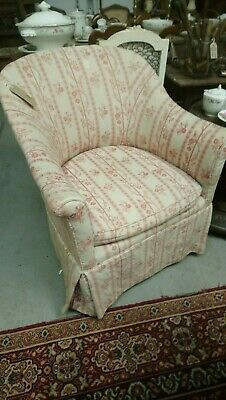 20th Century bedroom or salon tub chair with seat cushion for reupholstery