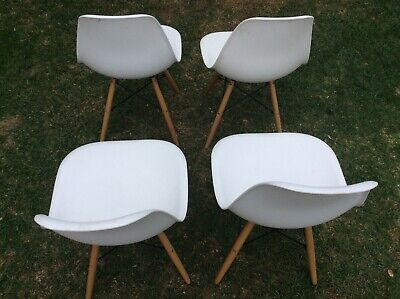 4 x Retro Replica Eames Eiffel DSW Dining Chair Cafe Kitchen PP Beech White