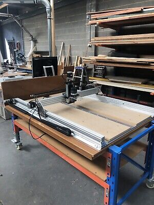 OpenBuilds CNC Router Based On Kyo Sphinx Design.