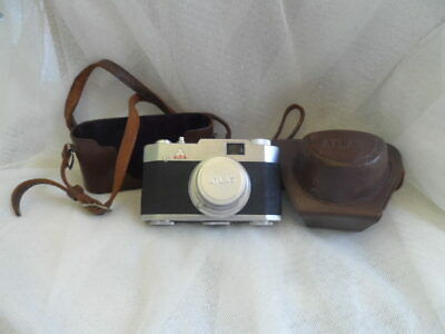 Atlas 35 amera with Leather Case