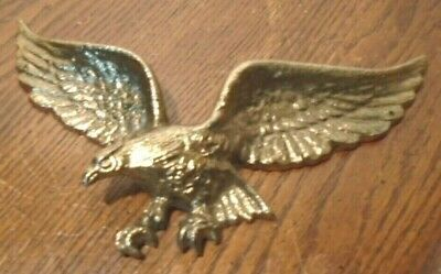 """Gorgeous, Vintage Brass Look Metal Wall Eagle 9"""" Wingspan Plaque, Very Good Cond"""