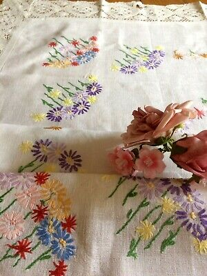 Vintage Hand Embroidered Tablecloth Pretty Delecate Florals Embroidery Lace Edge