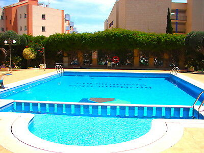 Costa Blanca South: 3 Bed 1 Bath 1st Floor Apt - Cabo Roig Strip / A/C / Wi-Fi