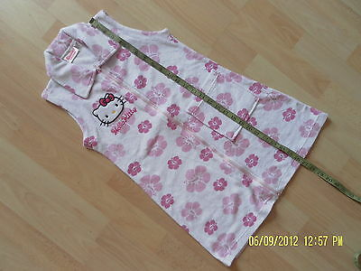 *******Hello Kitty Sleeveless Night Dress/Dressing Gown 6Y********