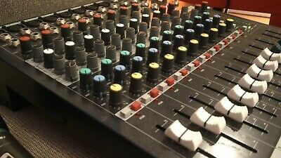 SOUNDCRAFT - EPM8 - MIXING CONSOLE, 8+2 + Plus Travel Case + Free Microphone