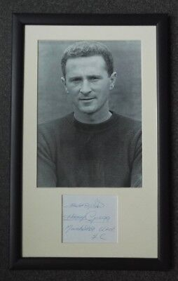 HARRY GREGG MANCHESTER UNITED SIGNED 19 x 12 MOUNTED FRAMED BUSBY BABE FOOTBALL