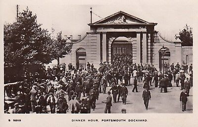 POSTCARD DINNER HOUR PORTSMOUTH DOCKYARD to IVEY HOUSE SCHOOL, SHEPTON MALLET