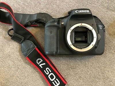Great condition used Canon EOS 7D 18.0MP Digital SLR Camera (Body & Battery)