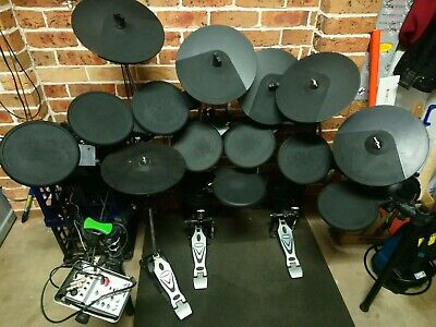 16 piece Artist EDK260 Electronic Drum Kit. Includes mixer and spare frame parts
