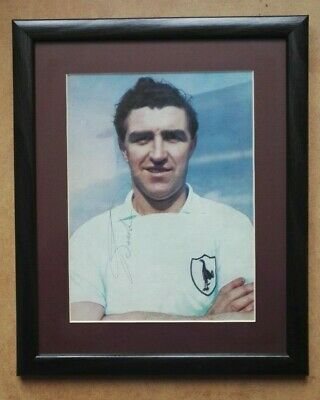 BOBBY SMITH TOTTENHAM HOTSPUR AUTOGRAPHED PICTURE FRAMED 14 x 11 FOOTBALL SPURS
