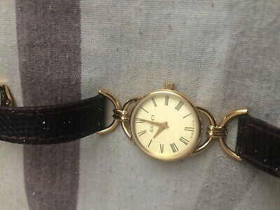3ca49e8a919 Pre owned Authentic GUCCI 6000 Wrist Watch Quartz Ladies vintage lovely  watch