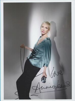 ANNIE LENNOX in person signed glossy PHOTO 8x11 inch, 20x27 cm *Eurythmics*