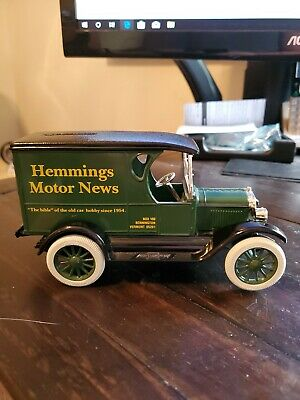Ertl Chevrolet 1923 Hemmings Motor News Truck Bank 1:25 Scale Die Cast