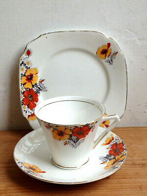 VINTAGE C1930s STAFFORDSHIRE CHINA TEA TRIO (TEACUP / SAUCER / SIDE PLATE)