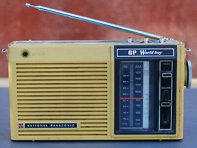 "Radio Transistor Vintage ""National Panasonic GP-World Boy"""